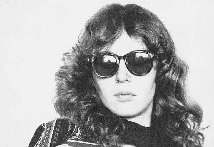 Ana Cristina Cesar retratada por el lente de Cecilia Leal.